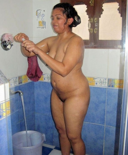 Отборные порно фото с индийскими голыми красотками